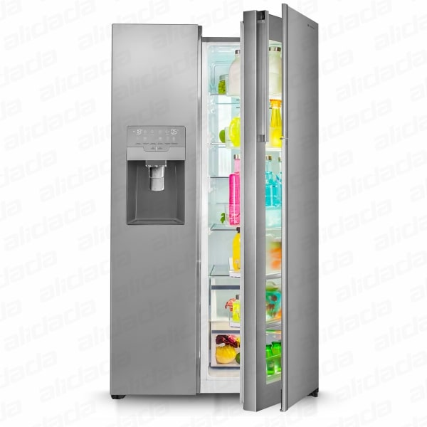 نمای روبرو یک درب باز یخچال و فریزر ساید بای ساید اسنوا مدل S8-3350رنگ تیتانیوم